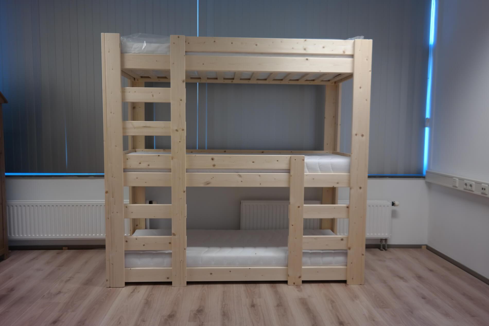 Stapelbed nathalie driepersoons ava meubelen for Meubels keukens bedden matrassen banken kasten ikea